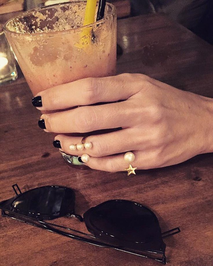 Ring party the @shopranoblog way with @iosifinastars gold rings #stylebubbles #handmadejewelry #rings #fashion #onlineshopping
