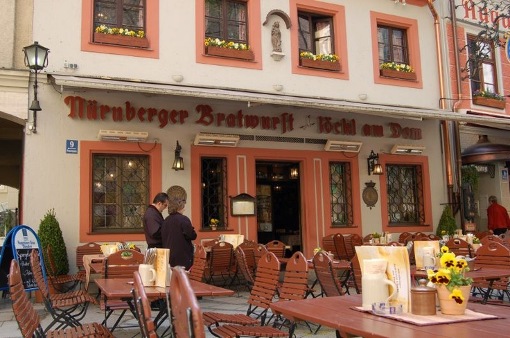 Nurnberg restaurant...the best brats!!