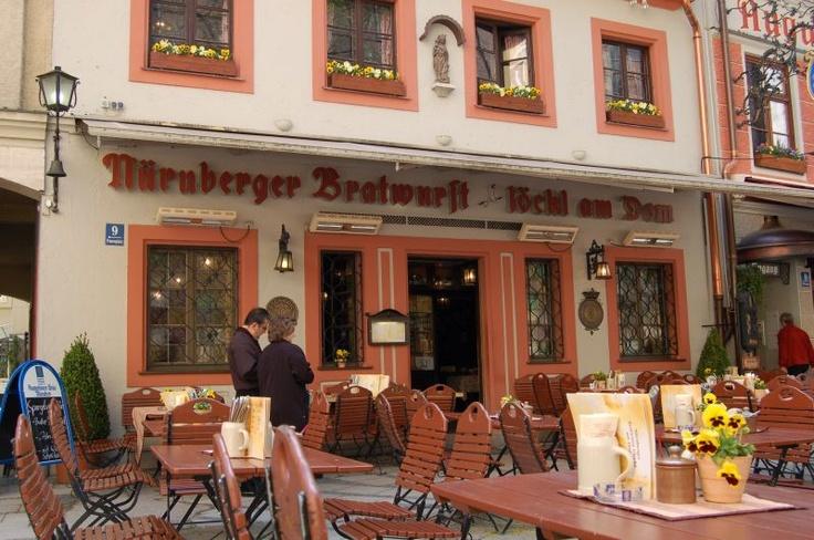 Nurnberg restaurant...the best brats!!