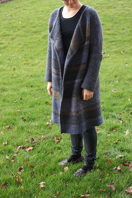 Ravelry: BirgitteStrikker's Kashmir Cardigan by Helga Isager