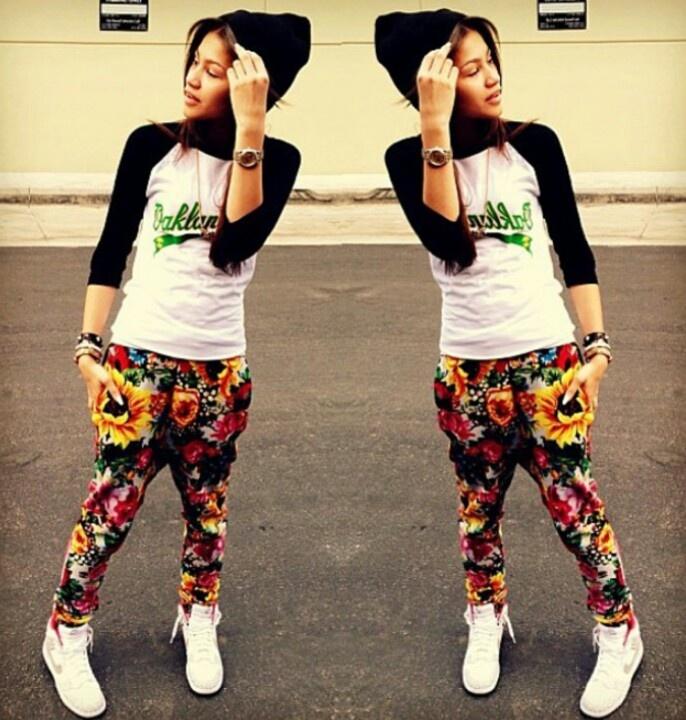 I Love Her Style Zendaya Coleman Zendaya Coleman Pinterest Zendaya Joggers And Style