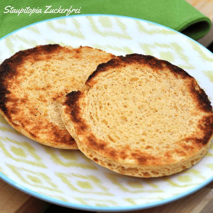 Low Carb Toasties: Die Frühstücksalternative ist in 5 Minuten fertig! Wer nach Alternativen für ein Low Carb Frühstück sucht, dem wird das Rezept gefallen!