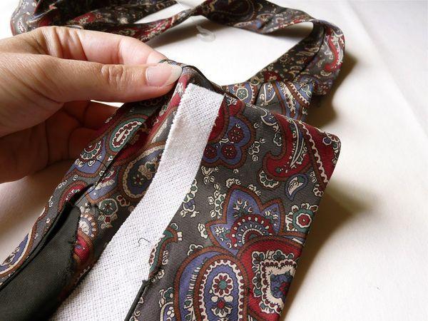 How to Make a Recycled Necktie Scarf - CraftStylish. Working with necktie silk