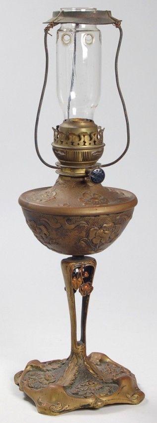 111: French Art Nouveau Oil Lamp : Lot 111