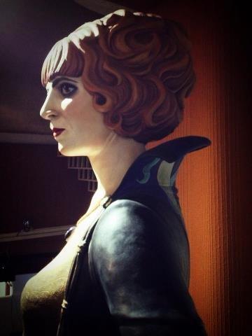 La marchesa Luisa Casati ribattezzata da d'Annunzio Coré, come la mitologica regina degli Inferi.