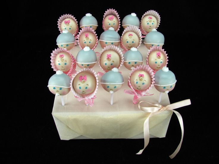 Some more cute baby cake pops for a baby shower.