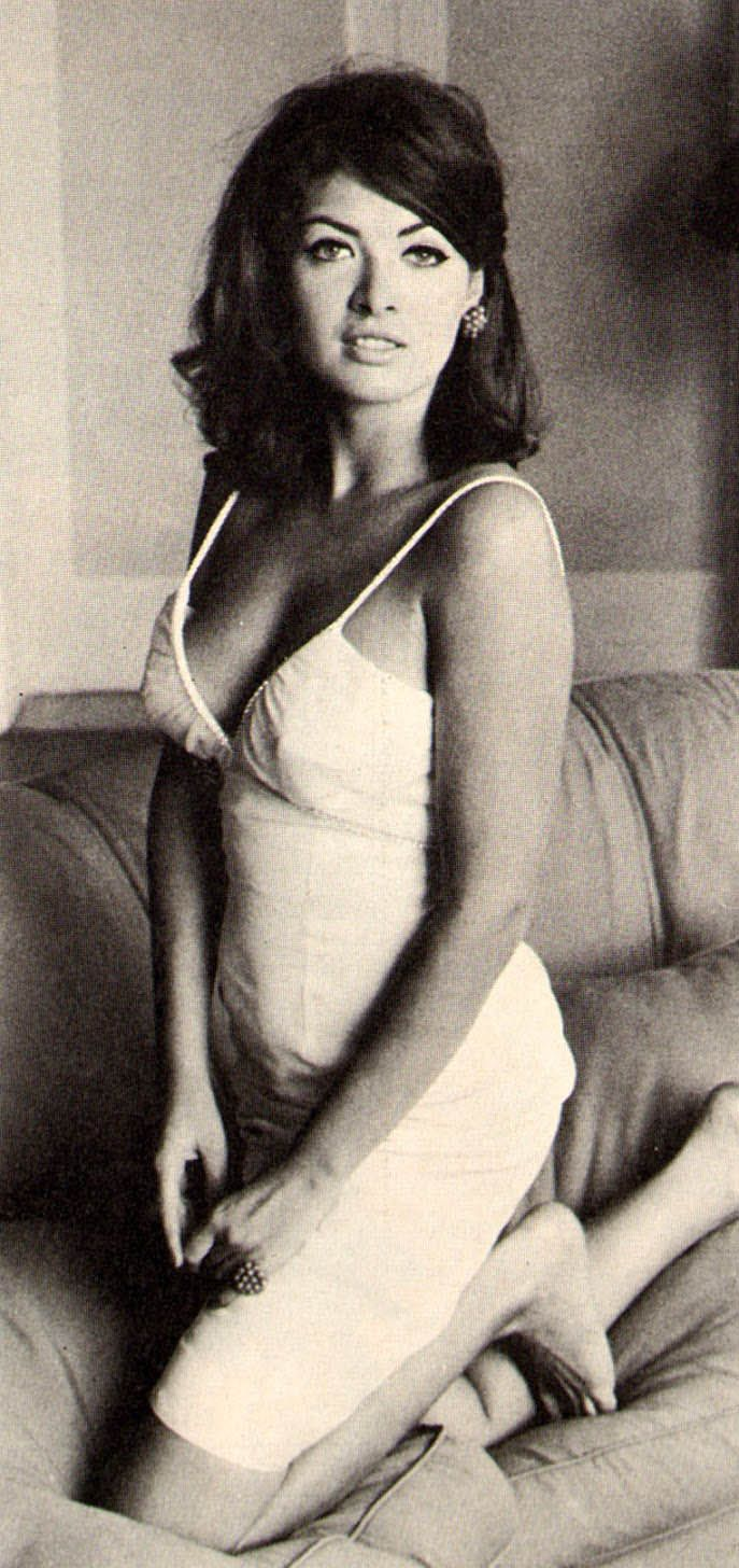 Natalie Amenula Nude Photos 46