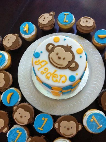Mod monkey birthday cake with matching cupcakes - by hotmamascakes ...