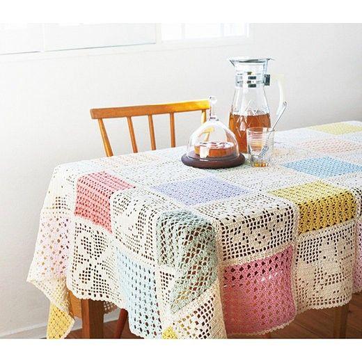 Crochet Tablecloth Inspiration ༺✿Teresa Restegui http://www.pinterest.com/teretegui/✿༻