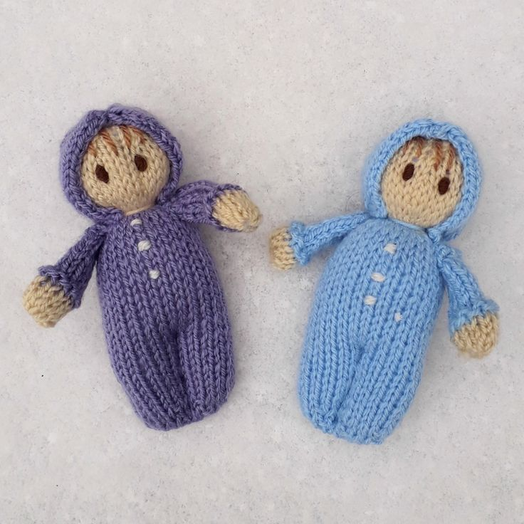 Snow baby dolls- Easy doll knitting pattern by Claire Fairall Designs