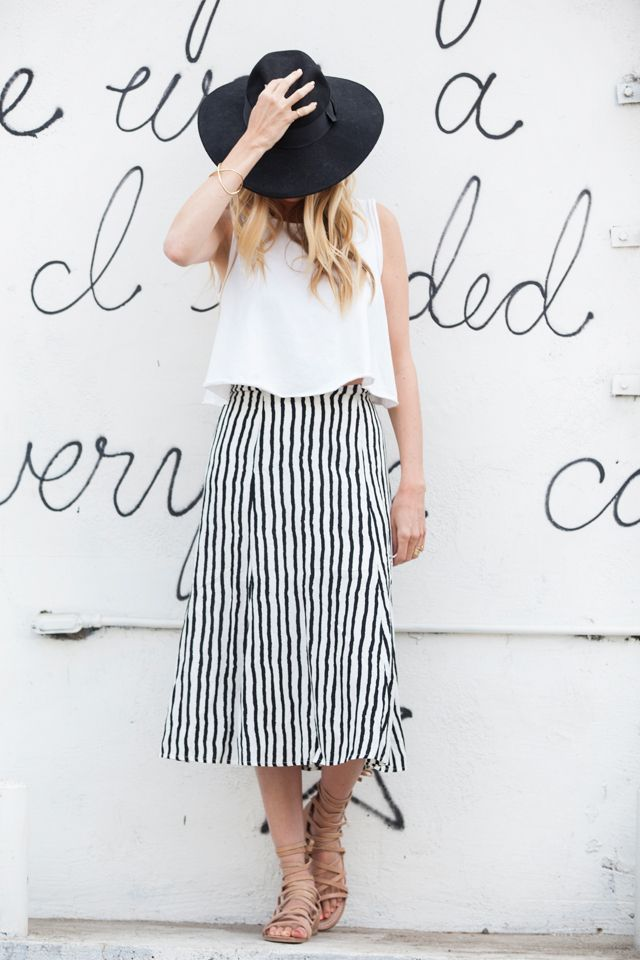 Cortinas De Baño Rayadas:Striped Midi Skirt