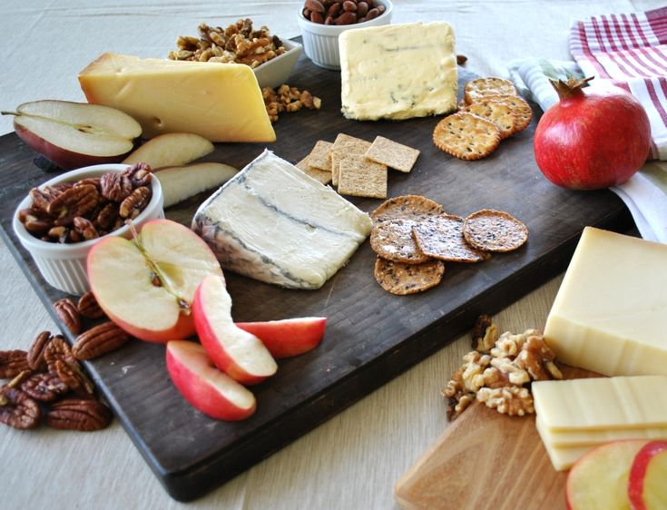 The Ultimate Holiday Cheese Plate - Door to Door Organics Colorado & 13 best Cheese Plates images on Pinterest | Cheese dishes Cheese ...