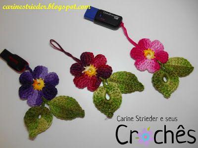 Carine Strieder e seus Crochês: Videoaula chaveiro para pen drive em crochê