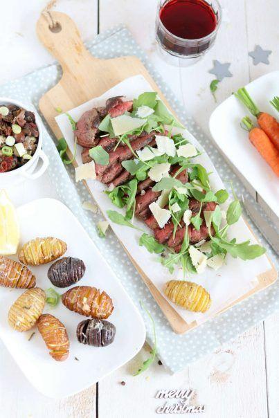 Biefstuk tagliata met rucola. Een pronkstuk op tafel dat zo gemaakt is en iedereen lust. #lekkeretenmetlinda #kerstrecepten