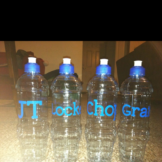 Personalized Water Bottles Cricut Crafts Pinterest