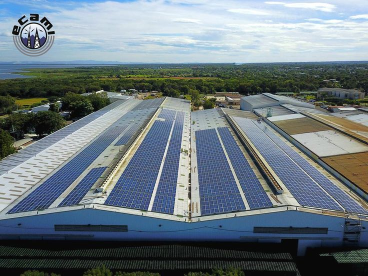 ECAMI S.A trabajando en grandes proyectos con grandes clientes logrando grandes resultados. Instalación de Sistema Solar de 1.2 MW en Compañía Cervecera de Nicaragua S.A. Proyecto cuenta con 3600 paneles Trina Solar cubriendo un área de más de 7200 M2 siendo la instalación solar sobre techo más grande del país. Este sistema genera suficiente electricidad a partir del sol para abastecer hasta 1500 hogares. Por esto y más nos enorgullece decir que somos la empresa Líder en Energia Solar de…