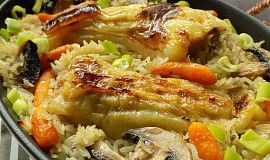 Plněné papriky pečené s rýži v jednom pekáčku