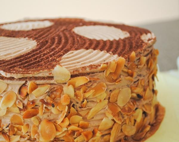 """Торт """"Молочный Трюфель с Миндалем"""""""