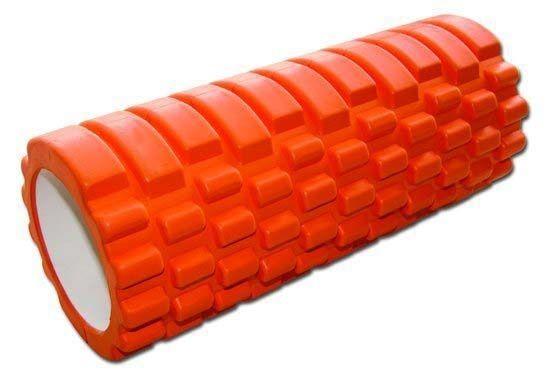 """RS Sports Intense Foam roller  Description: DeRS Sports Intense FoamRolleris een speciale foam roller. Door de geribbelde textuur wordt de massage intensiever. Een normale foam roller voelt als een rubberen cilinder maar de RS Sports Foam Grid Roller voelt als eenmassage en vooral gericht op drukpunten of""""triggerpoints""""in het lichaam. En dit verschil merk je ook in je lichaam. Stress verminderd lokaal op plekken als de onderrug of je bovenbenen. Het oppervlak van de RS Sports…"""