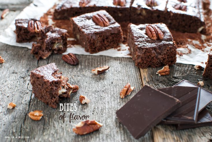 Brownie leggeri con banane e noci pecan _ Light brownies with bananas and pecans