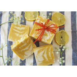 Σαπούνι με καστορέλαιο & άρωμα λεμονιού