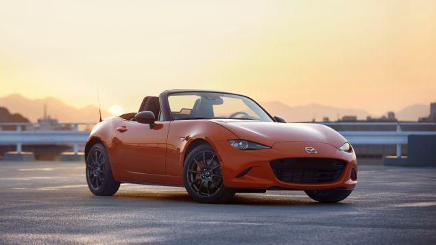 Mazda Gives 143 U S Buyers Another Chance At The 30th Anniversary Miata The Bright Orange 30th Anniversary Cars Aut Mazda Mx5 Mazda Miata Mazda Mx5 Miata