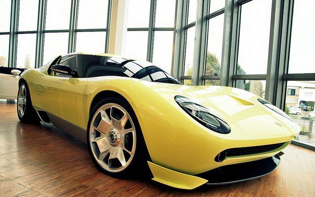 Magnificent '06 Lamborghini Miura Concept