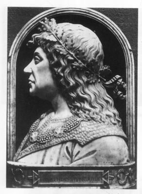 King Mathias (1458-1490)younger son of John Hunyadi was elected to the Hungarian throne in 1458 after king Ulaszlo who had had Mathias' older brother beheaded (on trumped up charges for political reasons)died without an heir. Mátyás király (uralkodása: 1458–1490) Hunyadi János kisebbik fia, akit a Mátyás bátyját megölető, utód nélkül elhalt László király után a Hunyadi-párt meghívott a magyar trónra