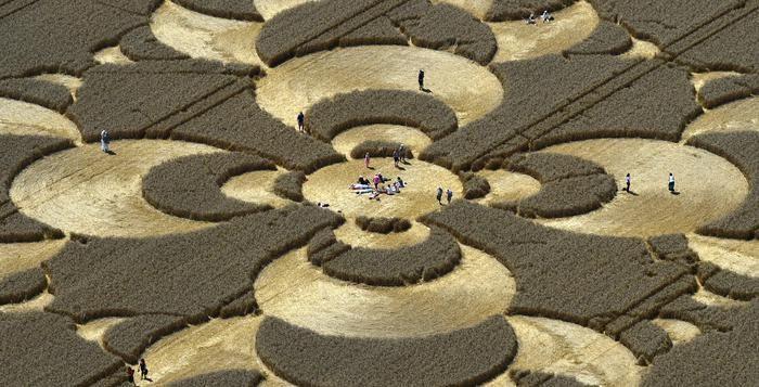 In een Duits veld zijn indrukwekkende graancirkels opgedoken met een totale diameter van 180 meter. De getroffen landbouwer heeft geen enkel idee wie of wat de geometrische tekening op zijn grond heeft gemaakt.  Volgens sommigen zijn …