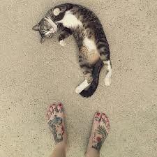 voeten op strand