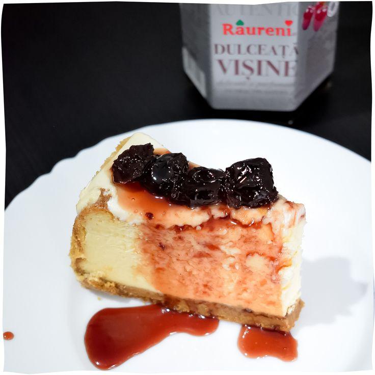 Două reţete de cheesecake cu dulceaţă, pentru mini vacanţa de 1 iunie
