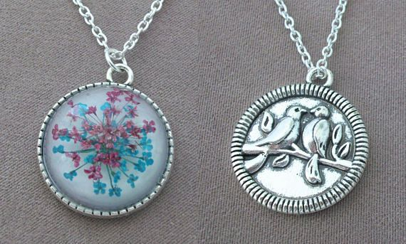 Romantic Two-sided Pendant with Real Flowers and Turtledoves