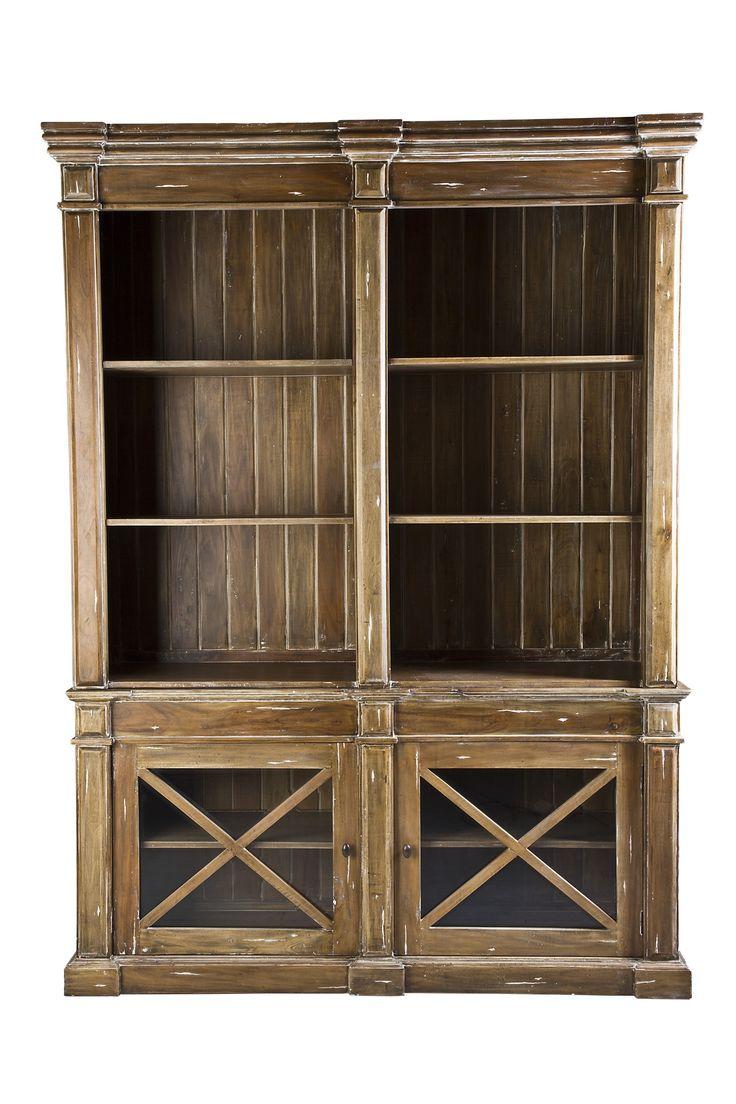 Книжный шкаф Gosford от производителя Good Wood •Изготовлен из массива красного дерева. •У шкафа две полки и по одной полке за каждой стеклянной дверцей в деревянном обрамлении. •Шкаф представлен в отделке FRANCISCO, также доступен в других вариантах от...             Материал: Дерево.              Бренд: Good Wood.              Стили: Лофт, Прованс и кантри.              Цвета: Коричневый.