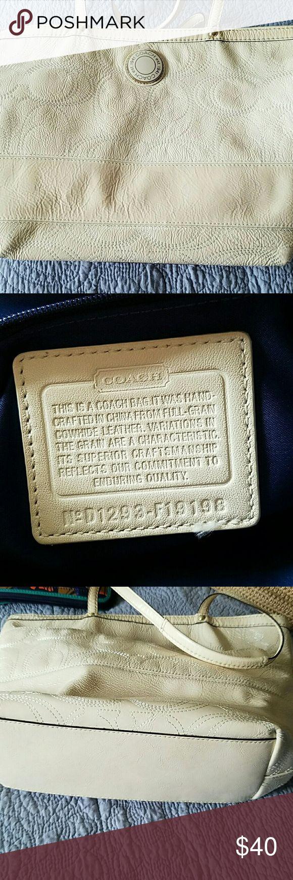 Coach purse Cream colored coach tote  purse Coach Bags Totes