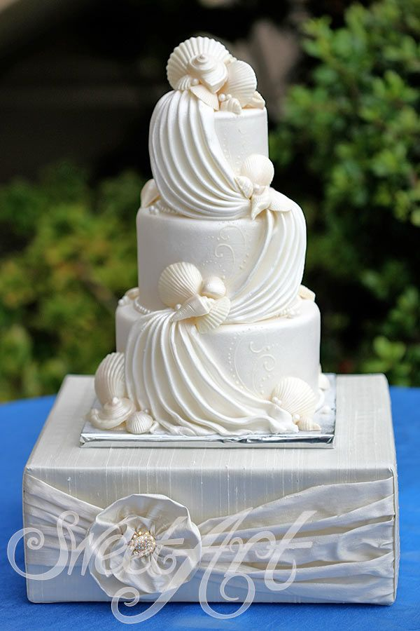 elegant beach themed wedding cakes 62 best images about wedding cakes on sea 13956