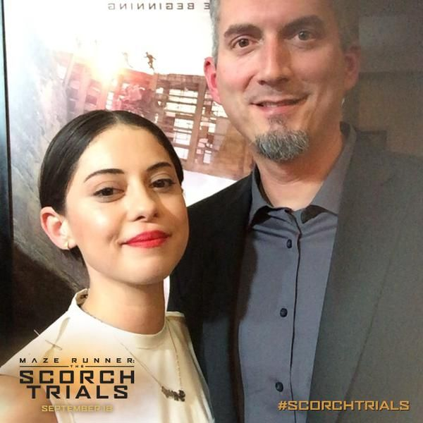 Rosa Salazar (Brenda) with author James Dashner