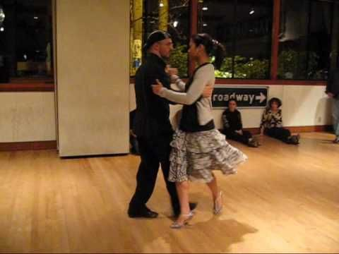 Tango Lesson: Vals Turns and Phrasing