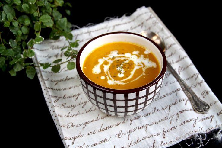 CHODZĘ I ZWIEDZAM: 3 pomysły na zupy z soczewicą