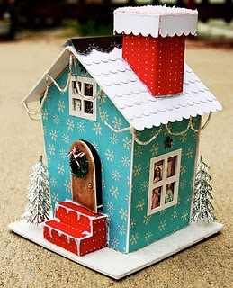 Little house links~ I love the color of this house. Hmm...getting some ideas for my next glitter house that I make.