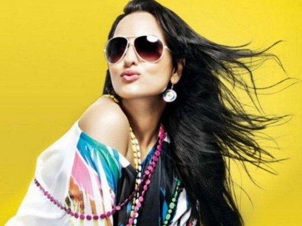 Sonakshi Sinha Steps Up In the Endorsement World with Relaxo Footwear http://actfaqs.com/Sonakshi-Sinha-Steps-Up-In-the-Endorsement-World-with-Relaxo-Footwear