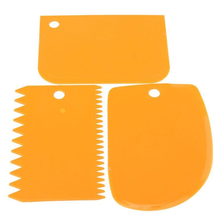 Plastic Dough Icing Fondant Scraper Cake Decorating Baking Pastry Tools Plain Smooth Jagged Edge Spatulas Cutters New