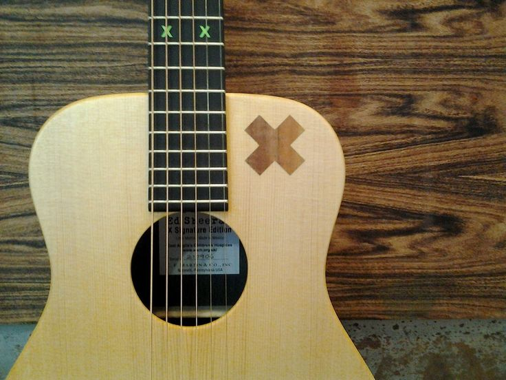 "Guitare MARTIN ""X"" signature de ED SHEERAN @ Acoustic Guitar"