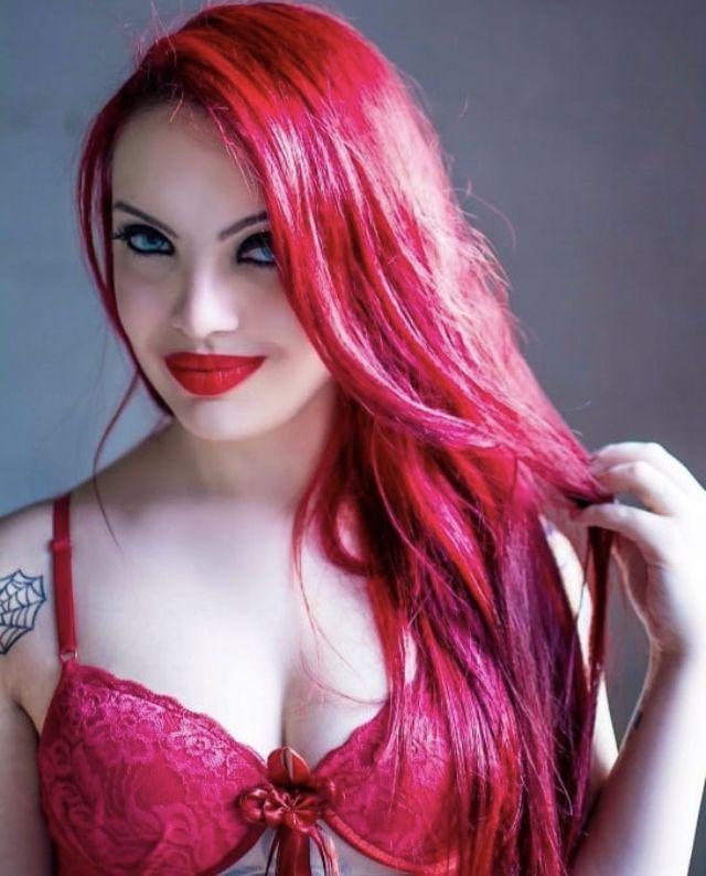 Pink Hair Image By D Hay On Pink Hair Wonder Woman Women