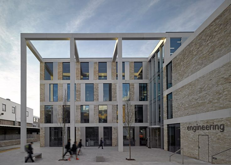 Columns Frame Lancaster University Engineering Building With