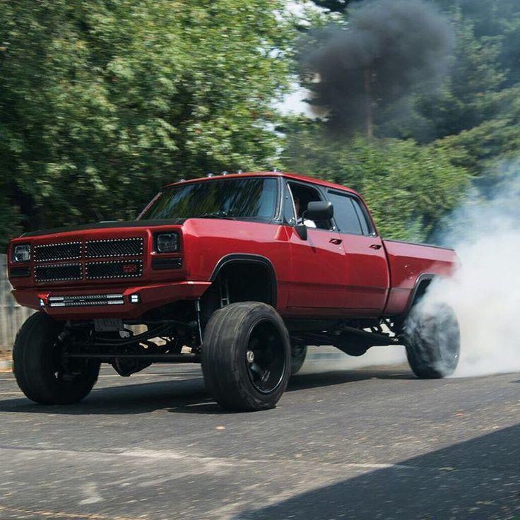 Pin By Eric Waddell On Dodge Trucks: Owner: @mopar1darrell P/C: @calebharmon222 #dieseltrucking