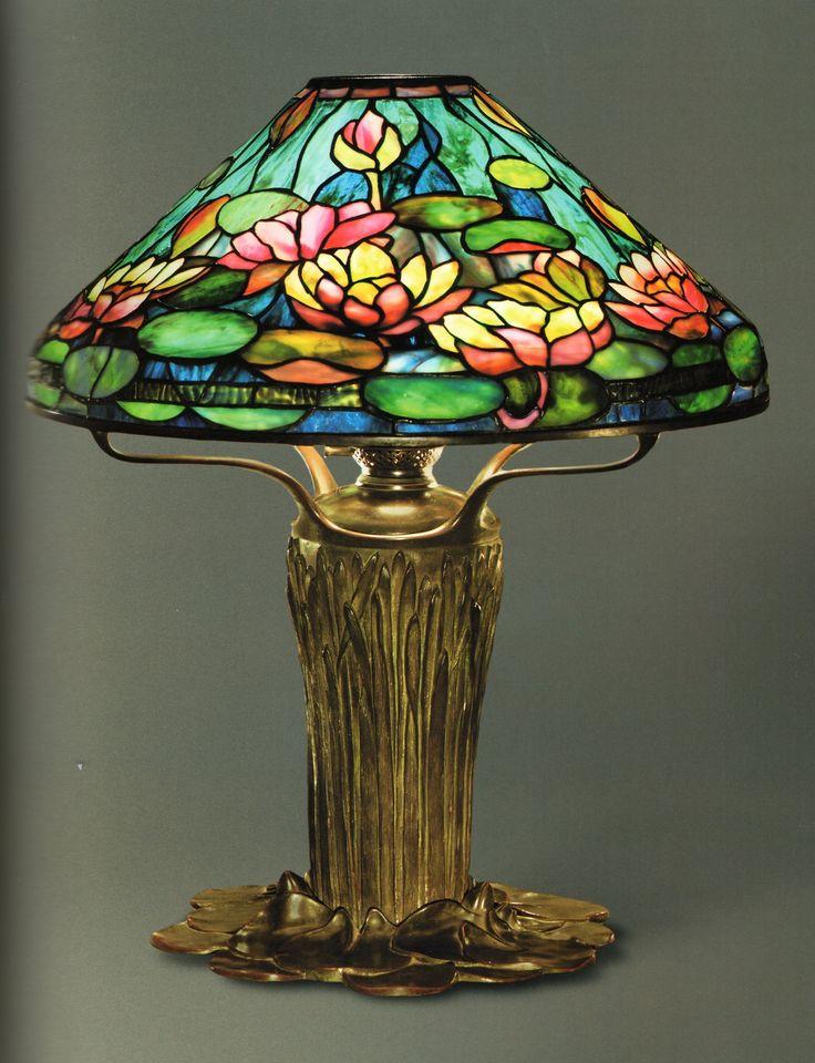 Schön LCT   056 Pond Lily Lamp