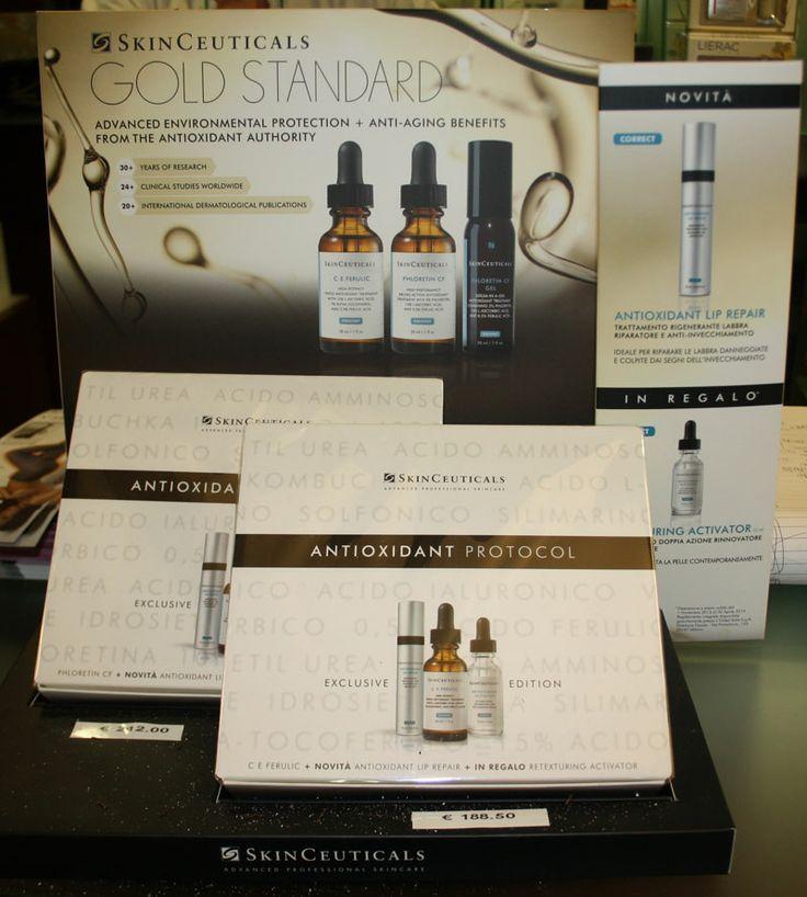 Skinceuticals, un regalo importante e raffinato con la dermocosmesi d'avanguardia della prestigiosa casa americana.