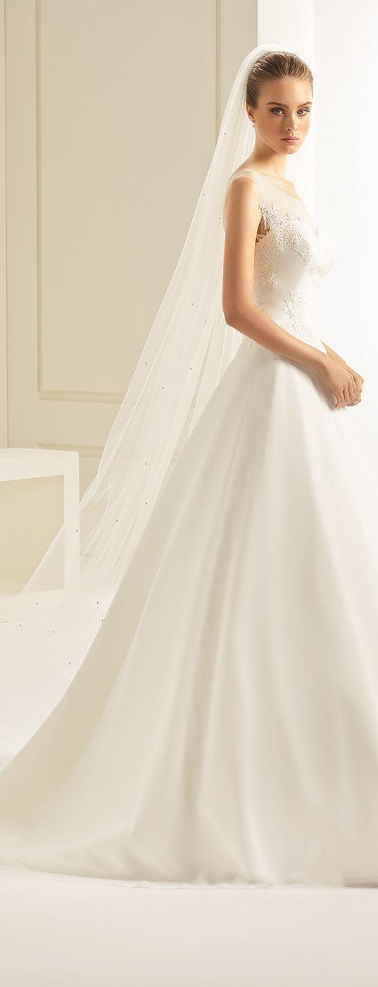 Veil S245 from Bianco Evento #collection2018 #newcollection #biancoevento2018 #biancoevento #veil #bridalaccessories #weddingdress #bridalwear #weddingideas #bridetobe