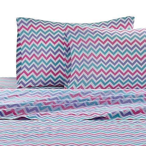 The Julissa Chevron Sheet Set has a whimsical look that will bring brightness and fun to your daughter's bedroom. Its design coordinates perfectly with the Julissa comforter set and is made of soft and crisp 100% cotton percale.