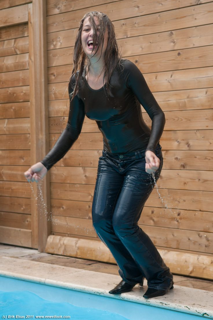 Brown Long Sleeved Top And Jeans In The Pool Wet T